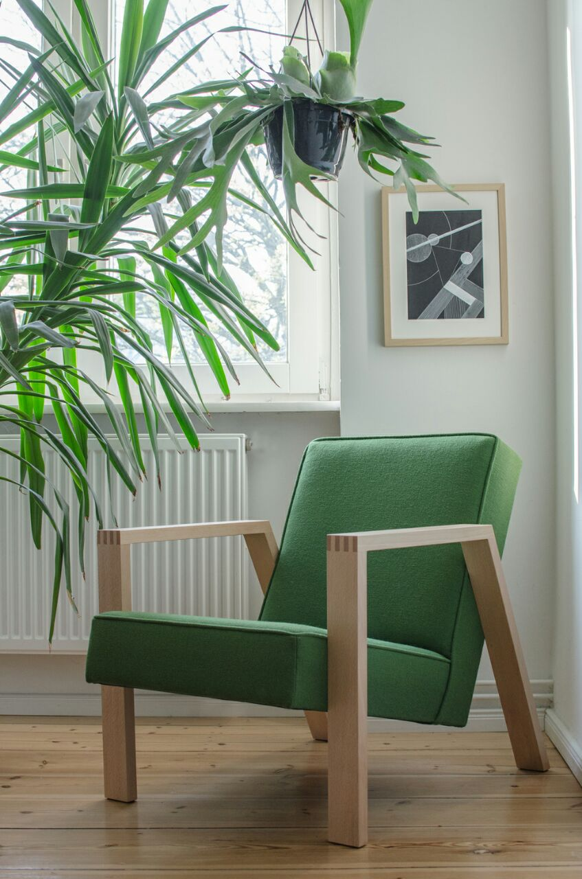 Pontier No. 01  with Kvadrat 65 – 960 upholstery